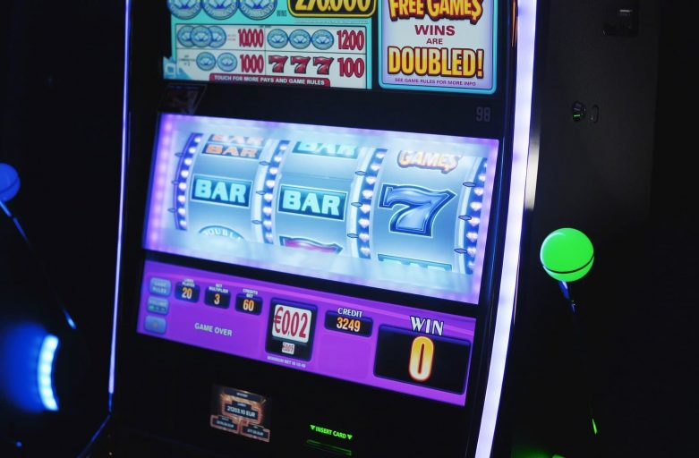 How to Succeed at Playing Slot Machines
